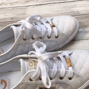 Guess Shoes - ☁️🍁Never Worn White Sneakers Soft Fall Flats